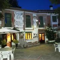 Hotel Gran Posada La Mesnada en santiuste-de-san-juan-bautista