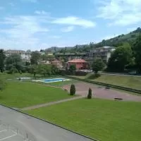 Hotel Bajo con jardín y piscina Casa Chloe en solorzano