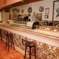 Hotel Hostal Cuatro Esquinas en tauste