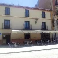 Hotel Hostal Plaza Mayor de Almazán en tejado