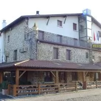 Hotel Hostal Izar-Ondo en urdiain