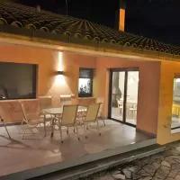 Hotel Casa Modo Avión en valdelagua-del-cerro