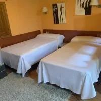 Hotel MEQUEDO EN LA FRESNEDA en valdeltormo