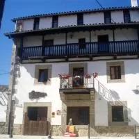 Hotel La Casa Chacinera en vallejera-de-riofrio