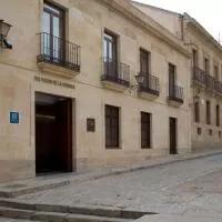 Hotel NH Salamanca Puerta de la Catedral en valverdon