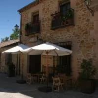 Hotel La Posada de Don Mariano en velilla-de-la-sierra