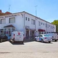 Hotel Hostal Restaurante María Victoria en villabragima