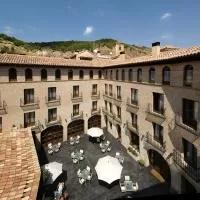 Hotel Hotel Cienbalcones en villadoz