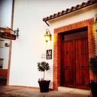 Hotel Albergue Las Caballeras en villafranca-de-los-barros