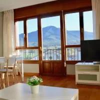 Hotel Apartamentos Montejurra en villamayor-de-monjardin