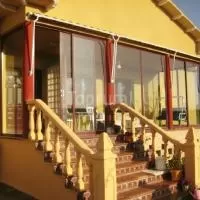 Hotel Vivienda Turística La Calzada en villamor-de-los-escuderos