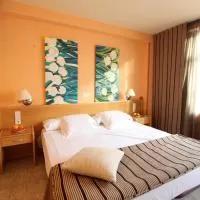 Hotel Hotel El Águila en villanueva-de-gallego