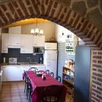 Hotel Casa Rural Duquesa De La Conquista de Ávila en villanueva-de-gomez