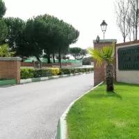 Hotel Casa Rural La Fanega I y II en villanueva-de-gomez