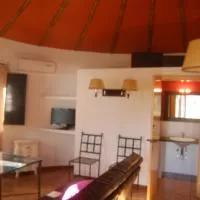 Hotel CHOZOS de la DEHESA en villar-del-rey