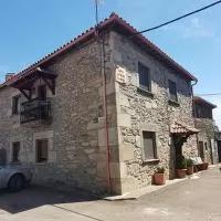 Hotel Holiday home Calle de Ntra. Sra. del Castillo en villarino-de-los-aires