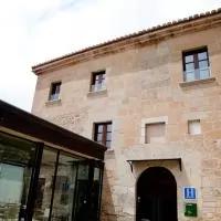 Hotel Hospedería Palacio de Allepuz en villarroya-de-los-pinares