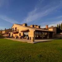 Hotel Ibersol La Casona de Andrea en villavellid