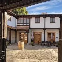 Hotel La Casona de los Cinco Caños en villaverde-de-iscar