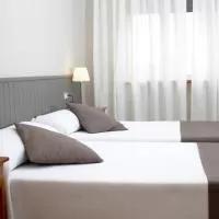 Hotel Hotel Isabel de Segura en villel
