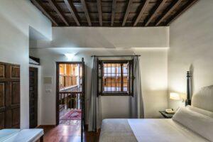 Un buen hotel en Jun, Granada