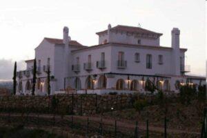 Un buen hotel en San Román…