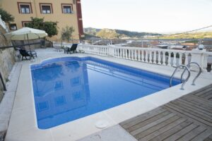 Mejores hoteles para alojarse en Ador,…