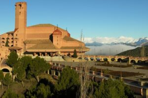 Mejores hoteles para dormir en Albalatillo,…