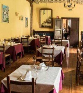 Un buen hotel en Munilla, La…