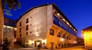Un buen hotel en Sada, Navarra