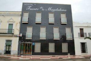 Un buen hotel en Santa Amalia,…