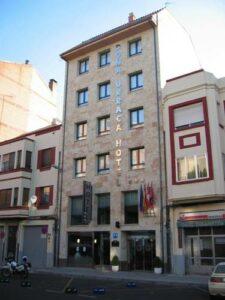 Un buen hotel en Vezdemarbán, Zamora