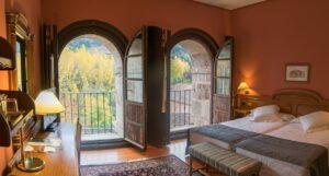 Un buen hotel en Villarejo, La…